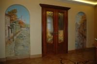 Роспись стен дома, как любая роспись стен требует комплексных знаний. Роспись стен должна не просто быть грамотной, но и подходить к архитектуре и дизайну помещения.