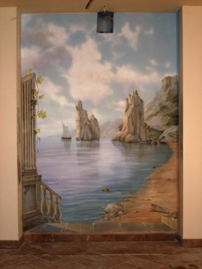 Художественная роспись может служить своего рода обманкой для зрителя. Как в данном случае эта роспись.