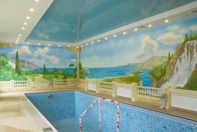Художественная роспись стен применима и в бассейнах. Классическая живопись – это всегда визуальный обман.