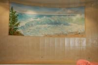 Роспись в ванной комнате акриловыми красками достаточно долговечна.Аэрография помогает достичь нужных эффектов