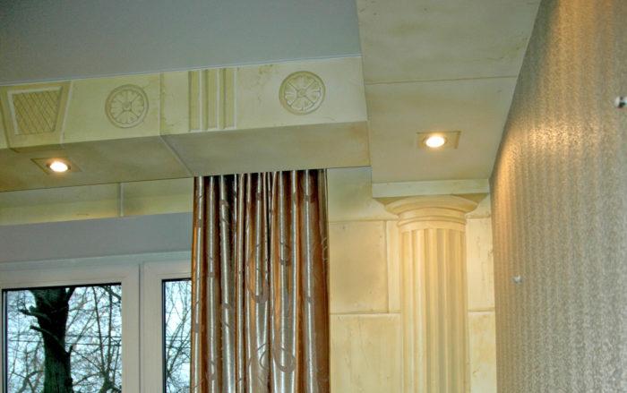 нарисовать колонны на стене